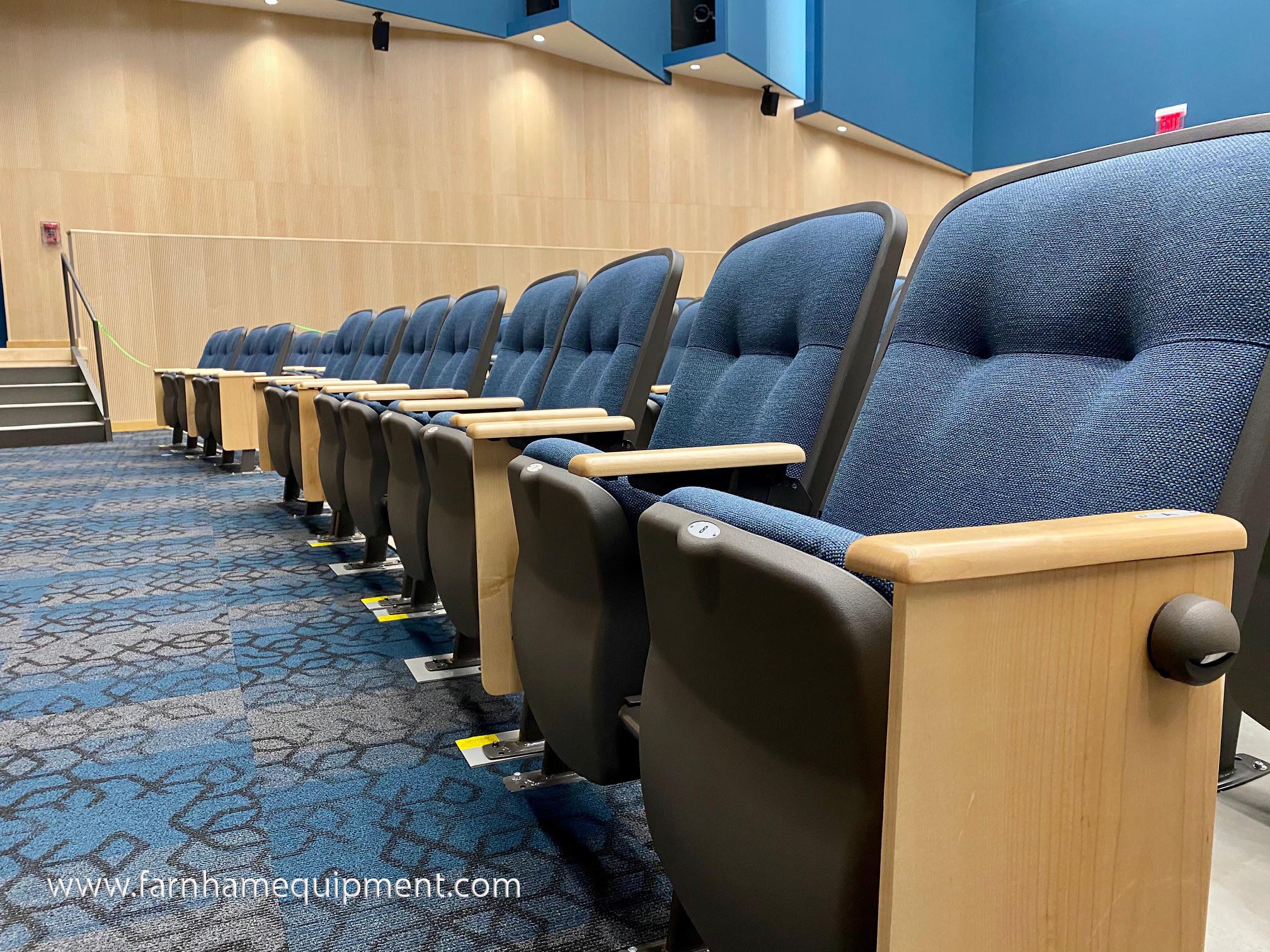 Quattro Seating